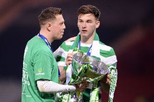 Celtic left-back Kieran Tierney has reportedly told the club that he wants the Celtic move to Arsenal (Daily Mail).