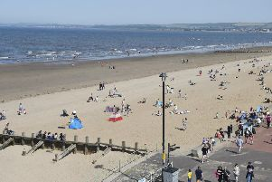 People enjoyed the sun at Portobello beach as temperatures soared (Photo: TSPL)