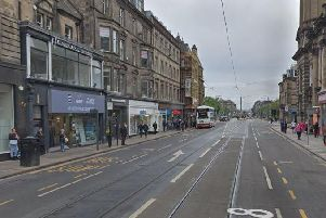 The incident happened around 6pm on Wednesday 21st August in Shandwick Place.