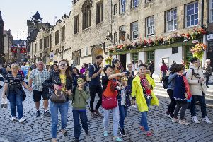 Tourists on the Royal Mile (Picture: Ian Rutherford)