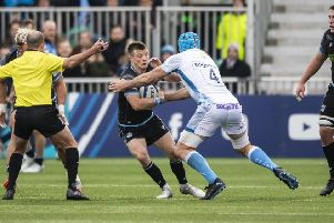 Neat handling and quick thinking by George Horne, pictured here with with Sale's Bryn Evan, led to a fine Glasgow try. Picture: SNS/SRU.