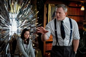 Daniel Craig stars in Knives Out