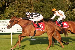 Archi's Affaire storms to victory in Lanark Silver Bell