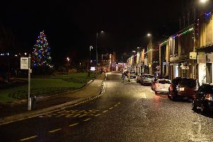 While other Borders towns drew crowds to their Christmas lights switch-on events, Bank St in Galashiels was quiet on Saturday evening.